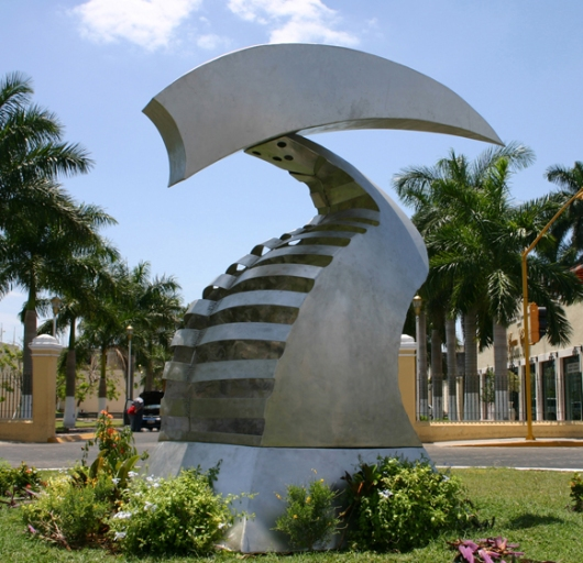 """""""Arc Angle"""" Stainless, 12'"""